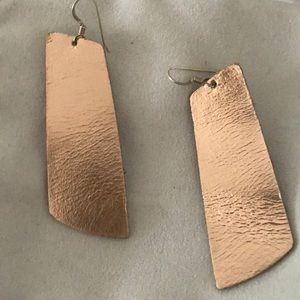 Jewelry - Nickel and Suede Earring